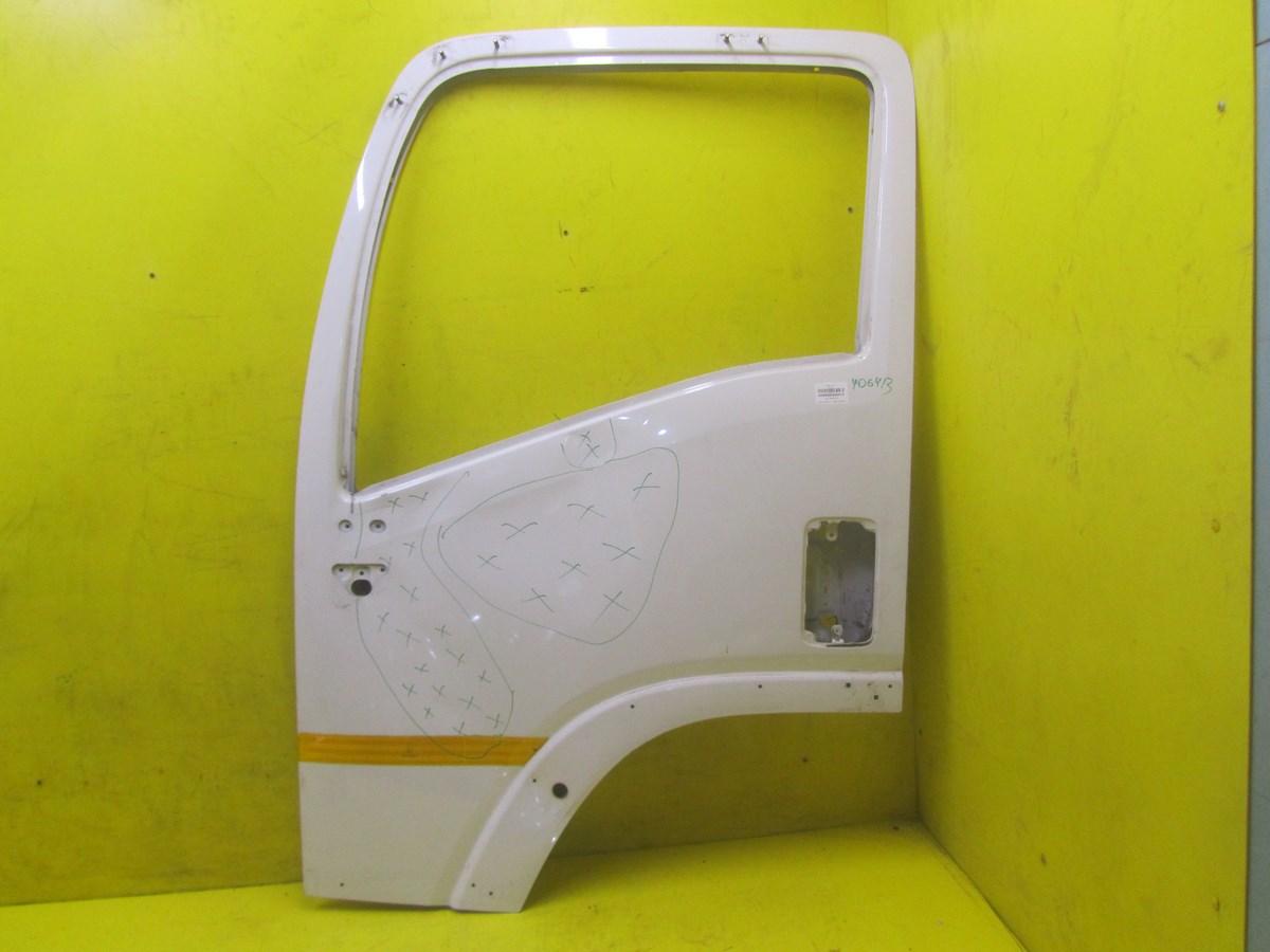 Дверь левая передняя Isuzu FVR34