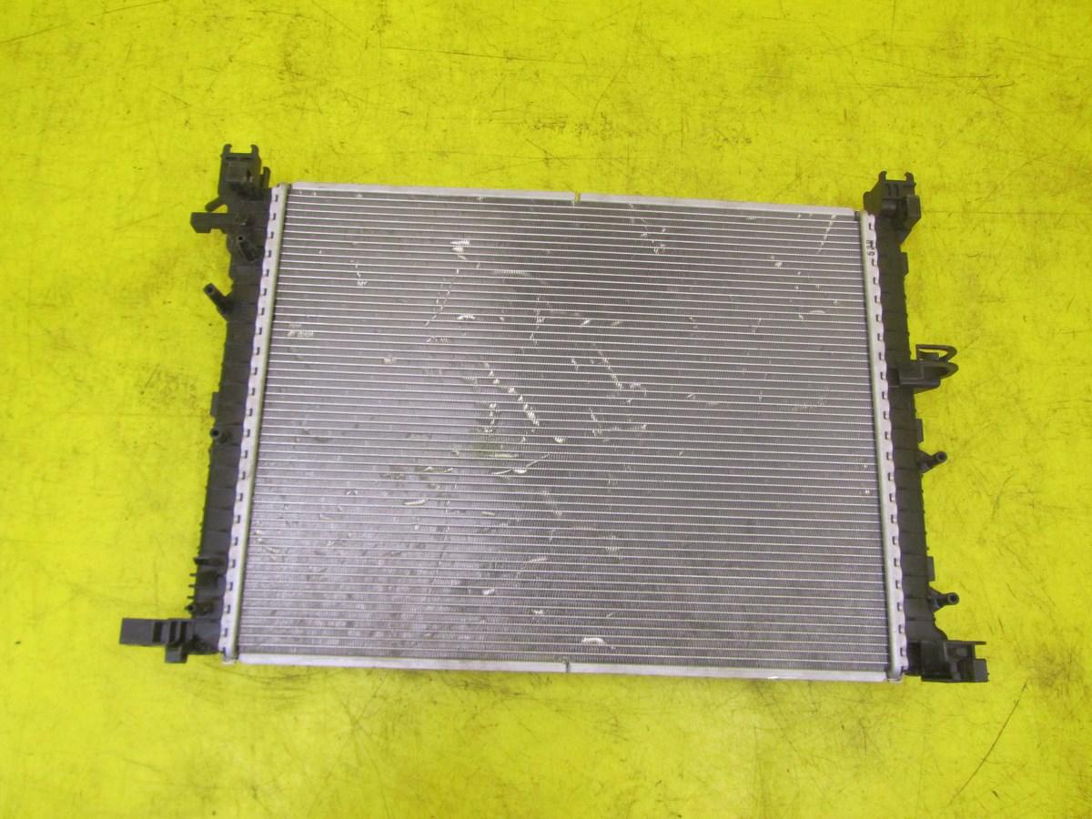 Радиатор охлаждения Renault Kapt