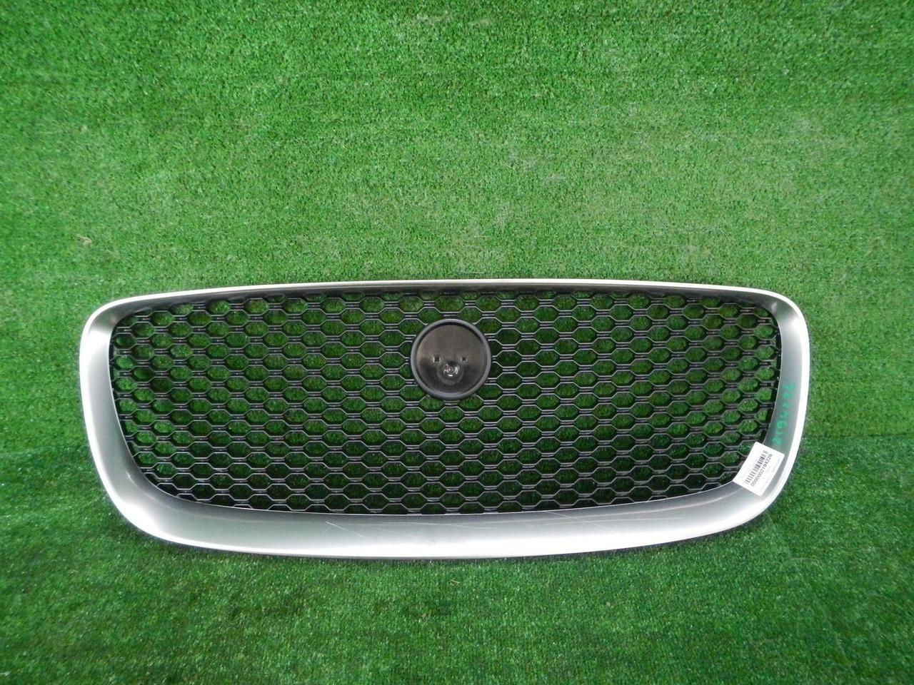 Решетка радиатора Jaguar F-Pace (2