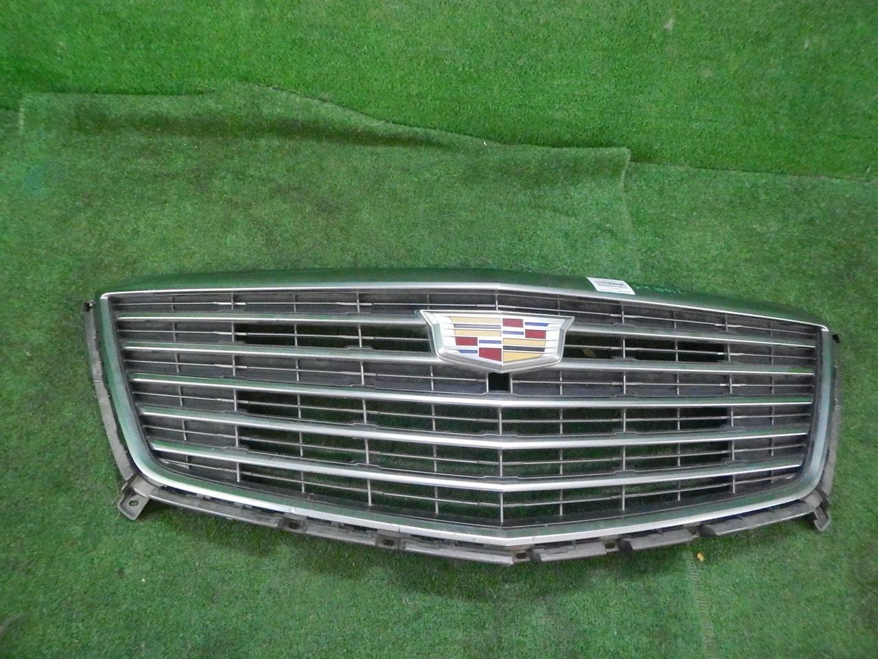 Решетка радиатора Cadillac XT5 (20