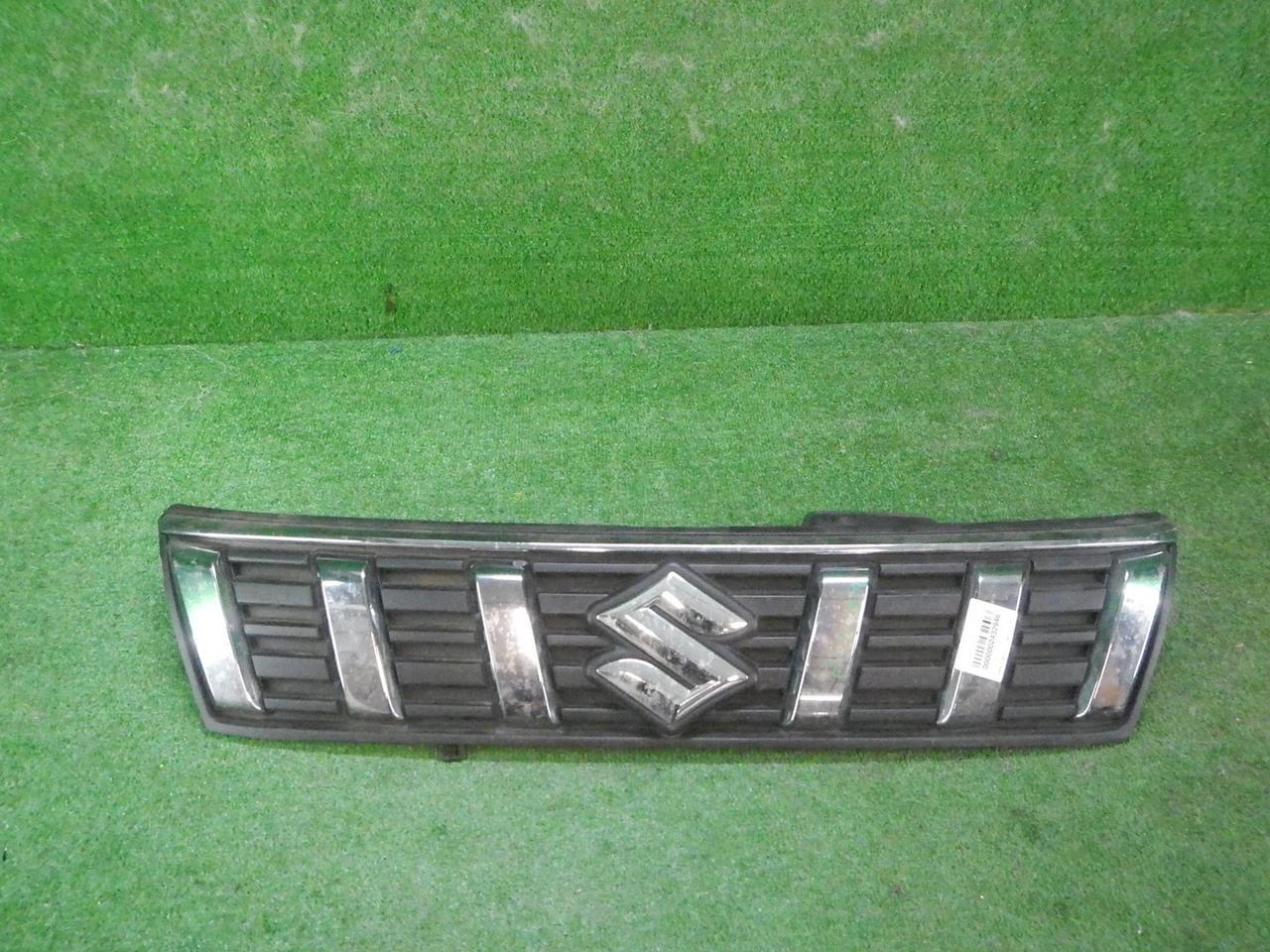Решетка радиатора Suzuki Vitara 2