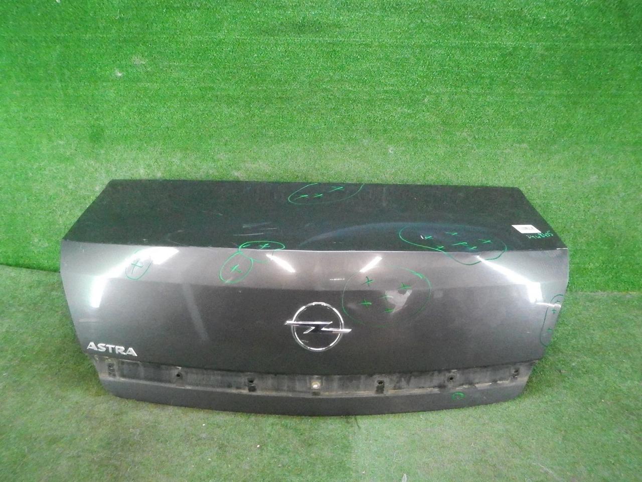 Крышка багажника Opel Astra H (2006