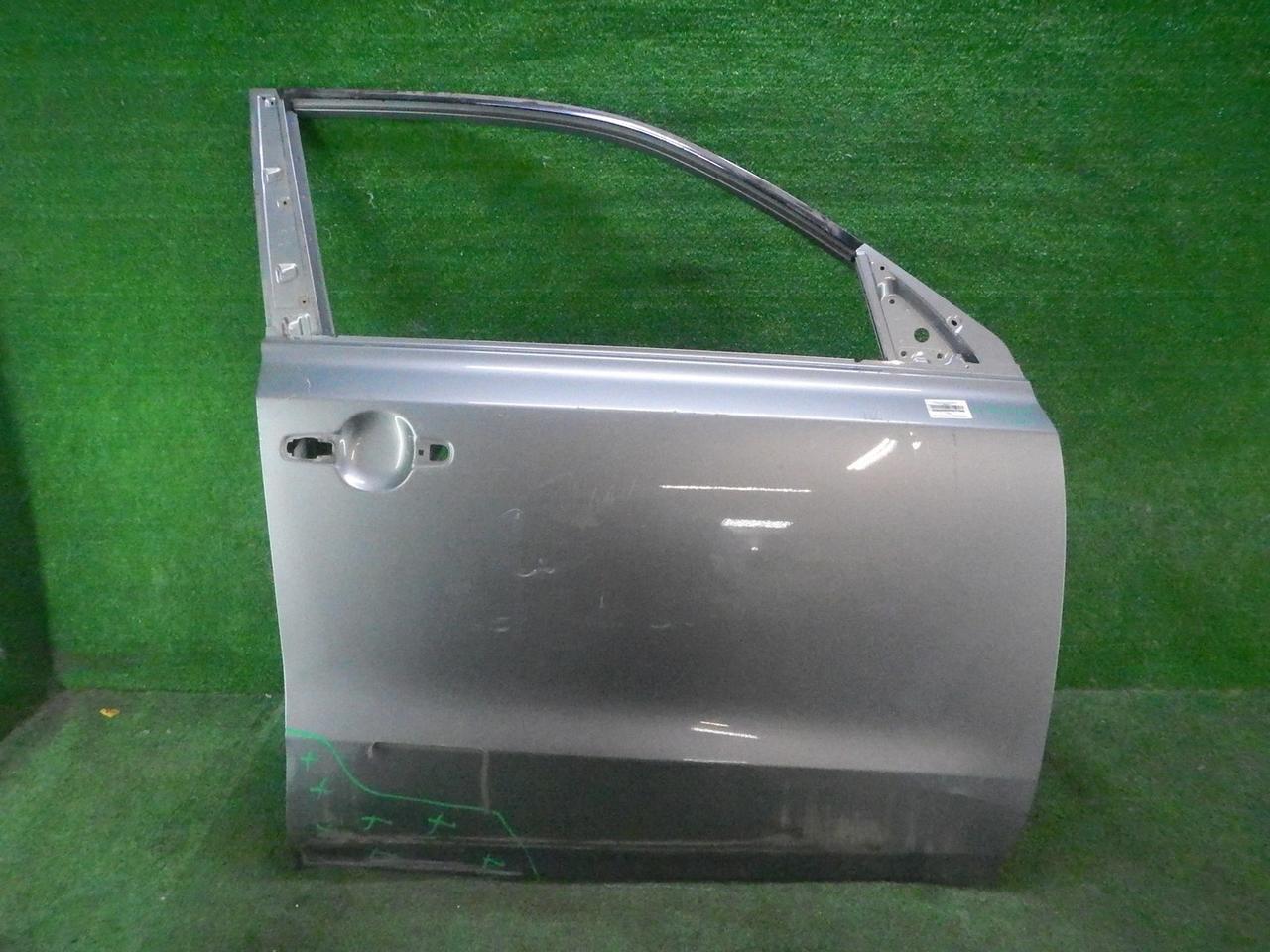 Дверь передняя правая Suzuki Vi