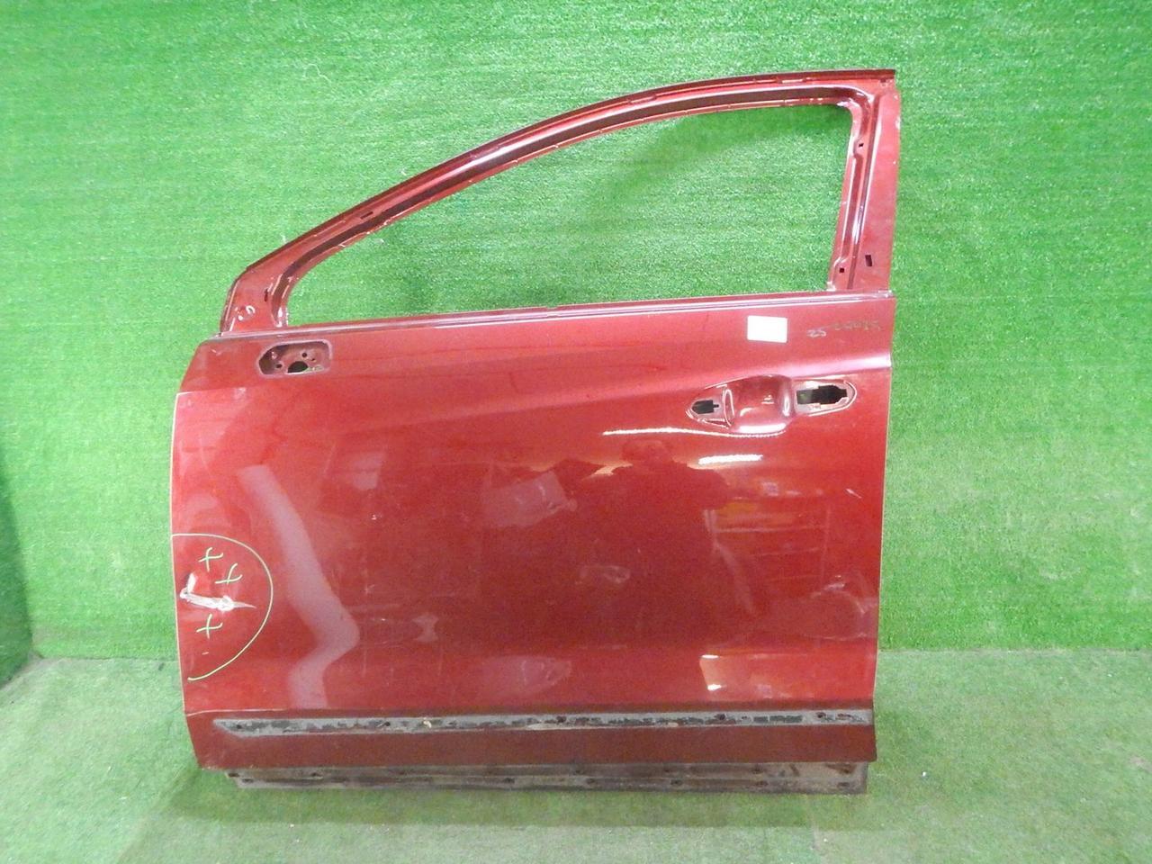 Дверь передняя левая Cadillac XT
