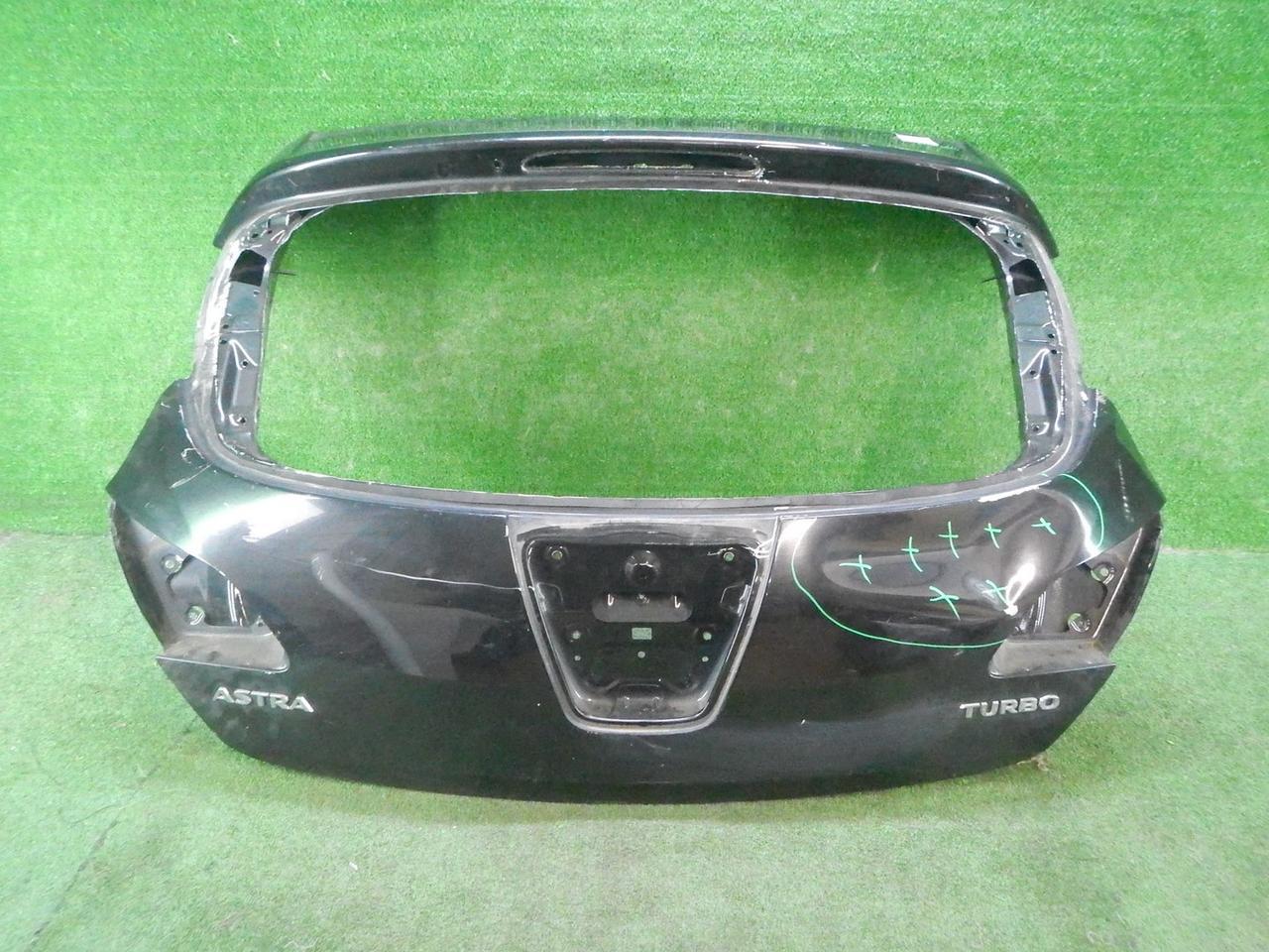 Крышка багажника Opel Astra J (2009