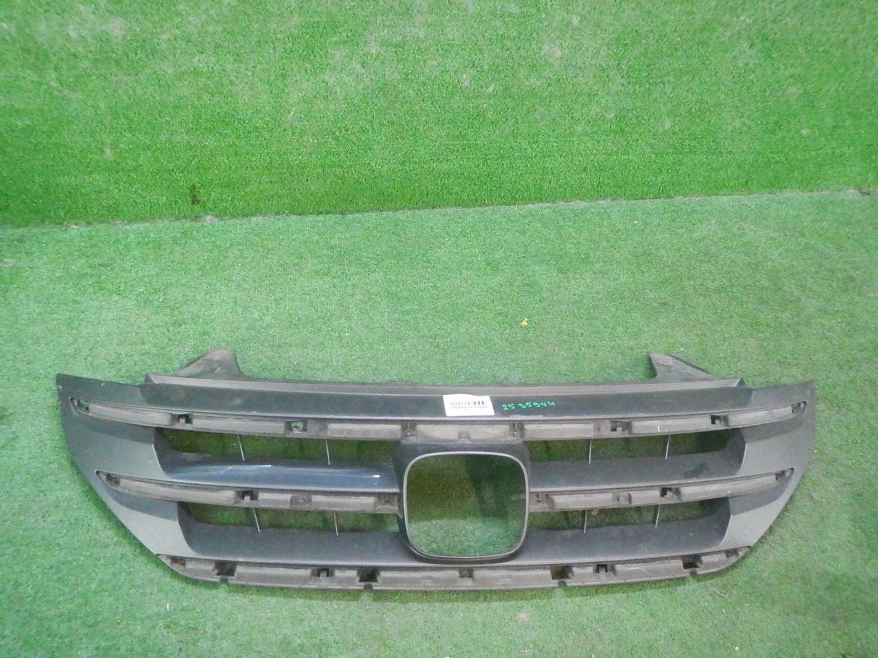 Решетка радиатора Honda CR-V 4 (20