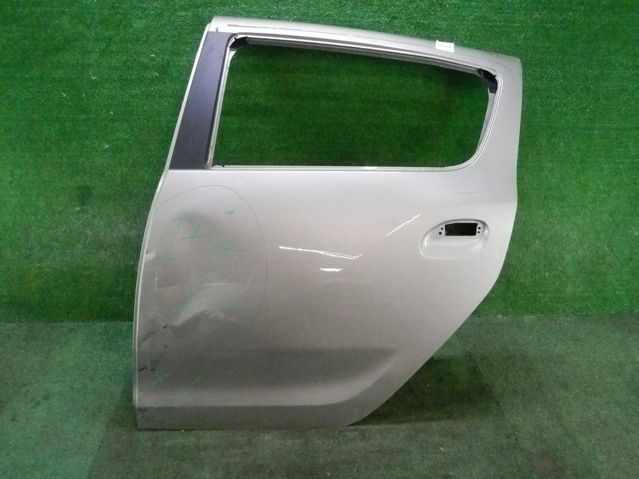 Дверь задняя левая Renault Sandero