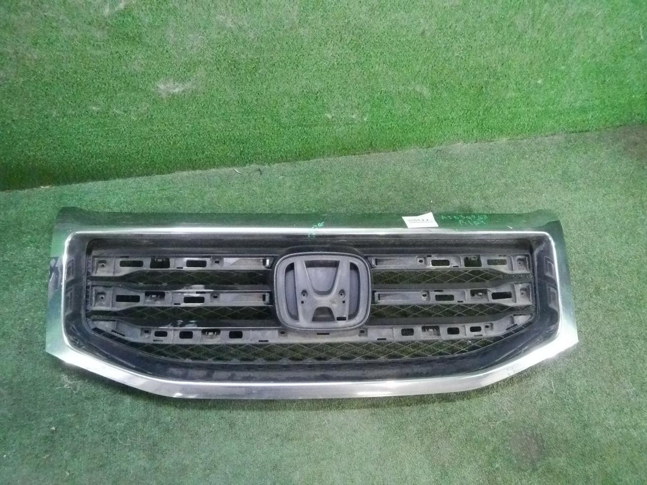 Решетка радиатора Honda Pilot 2 (2