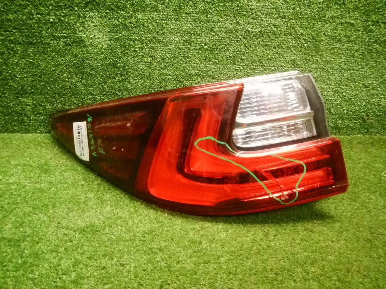 Фонарь левый внешний Lexus ES 6