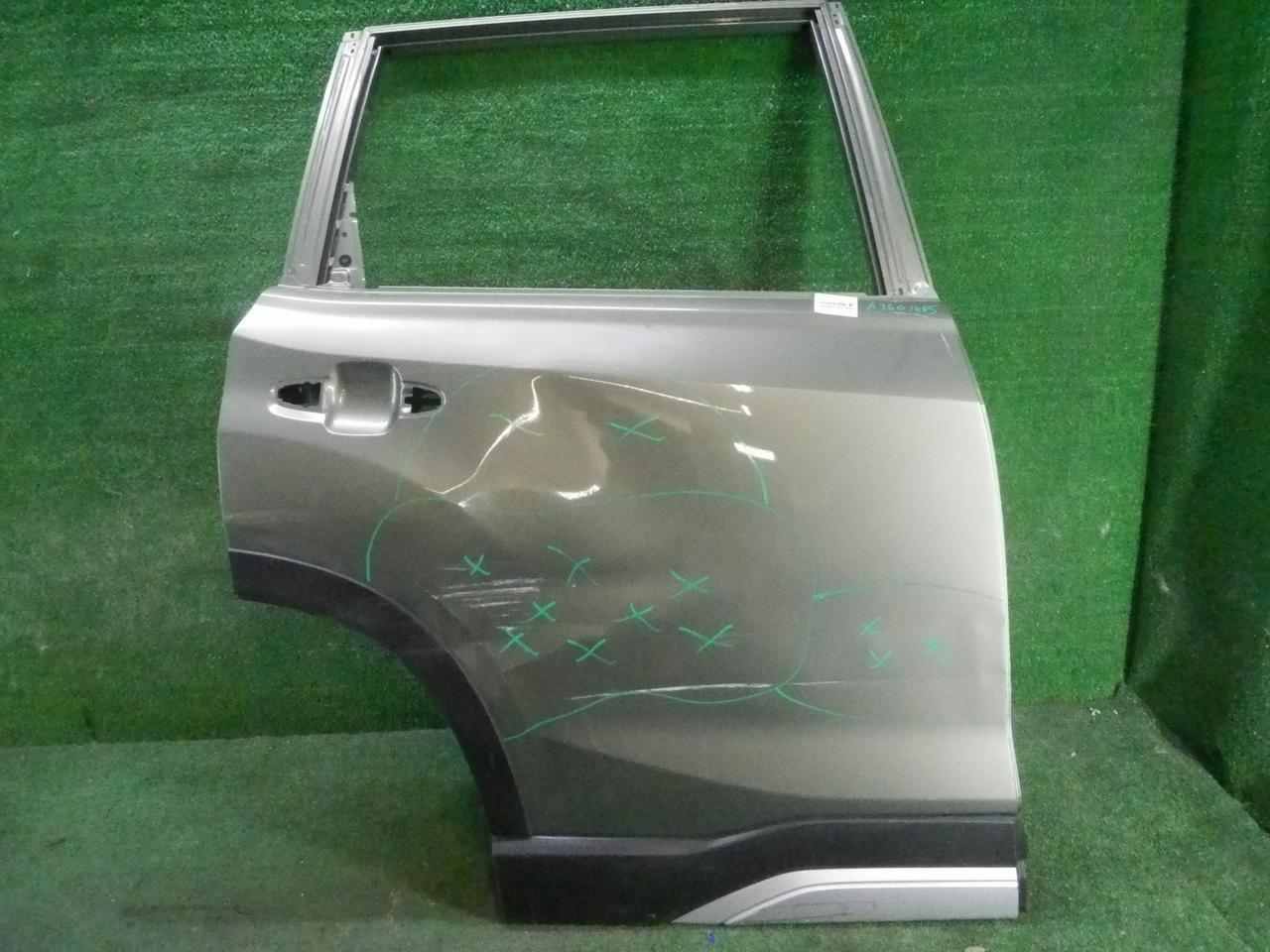 Дверь задняя правая Subaru Forest