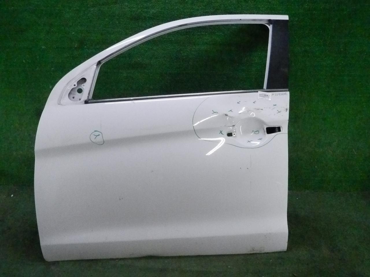 Дверь передняя левая Mitsubishi